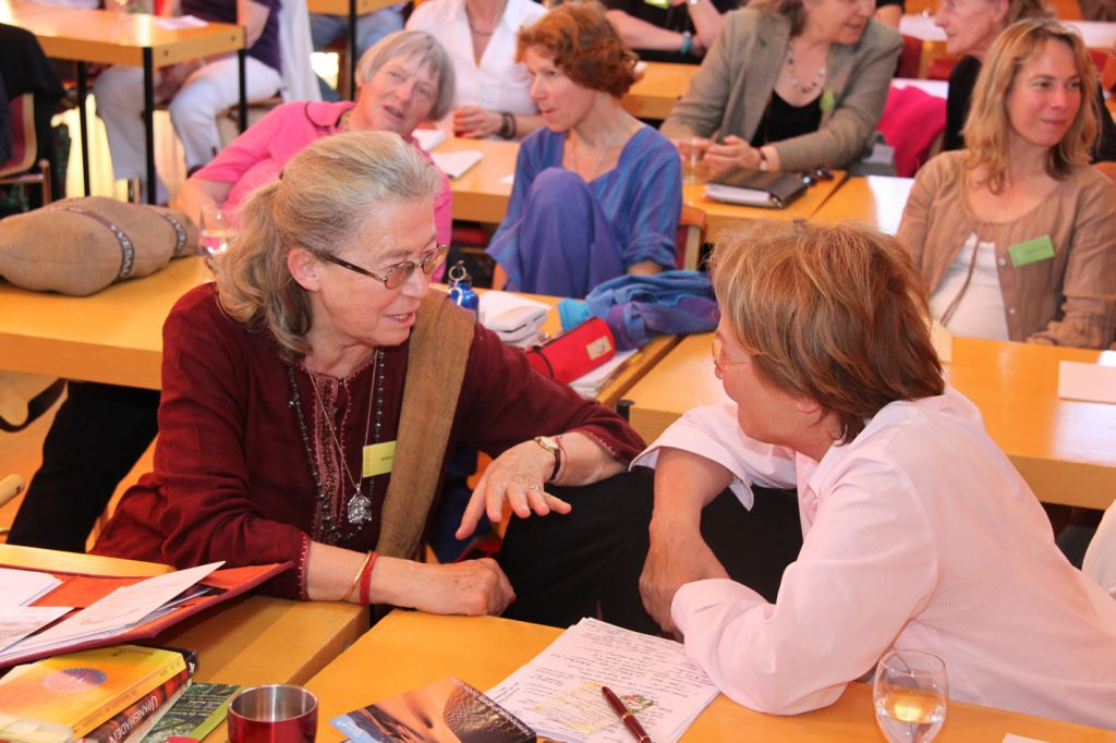 Prof. Dr. Bettina Bäumer (links). Fotos: Universität Salzburg